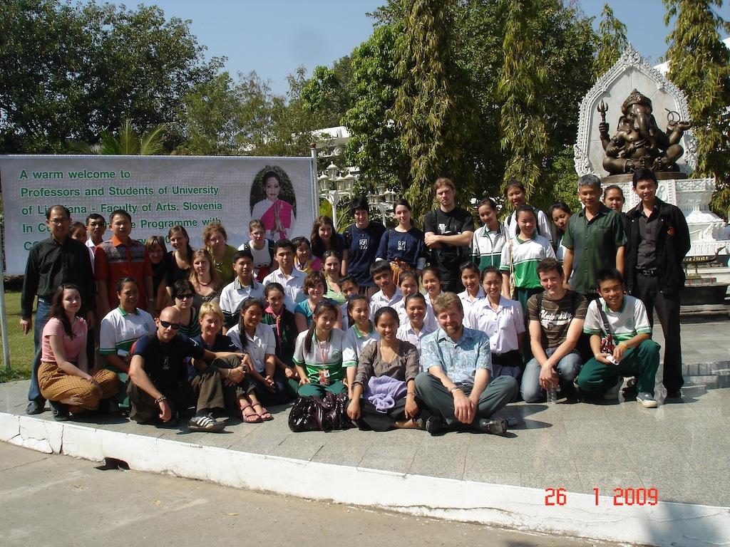 tudentska-ekskuzija-na-tajskem-19-1-10-2-2009-1